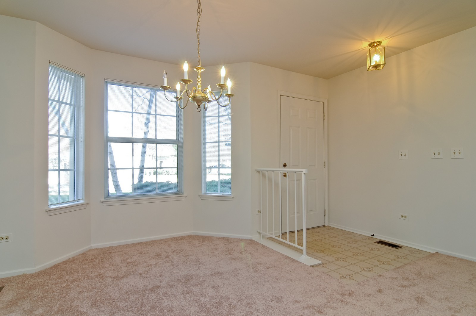 Real Estate Photography - 534A Penny Lane, Crystal Lake, IL, 60014 - Dining Room
