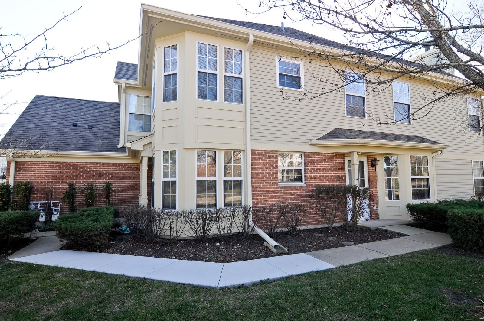 Real Estate Photography - 534A Penny Lane, Crystal Lake, IL, 60014 - Front View