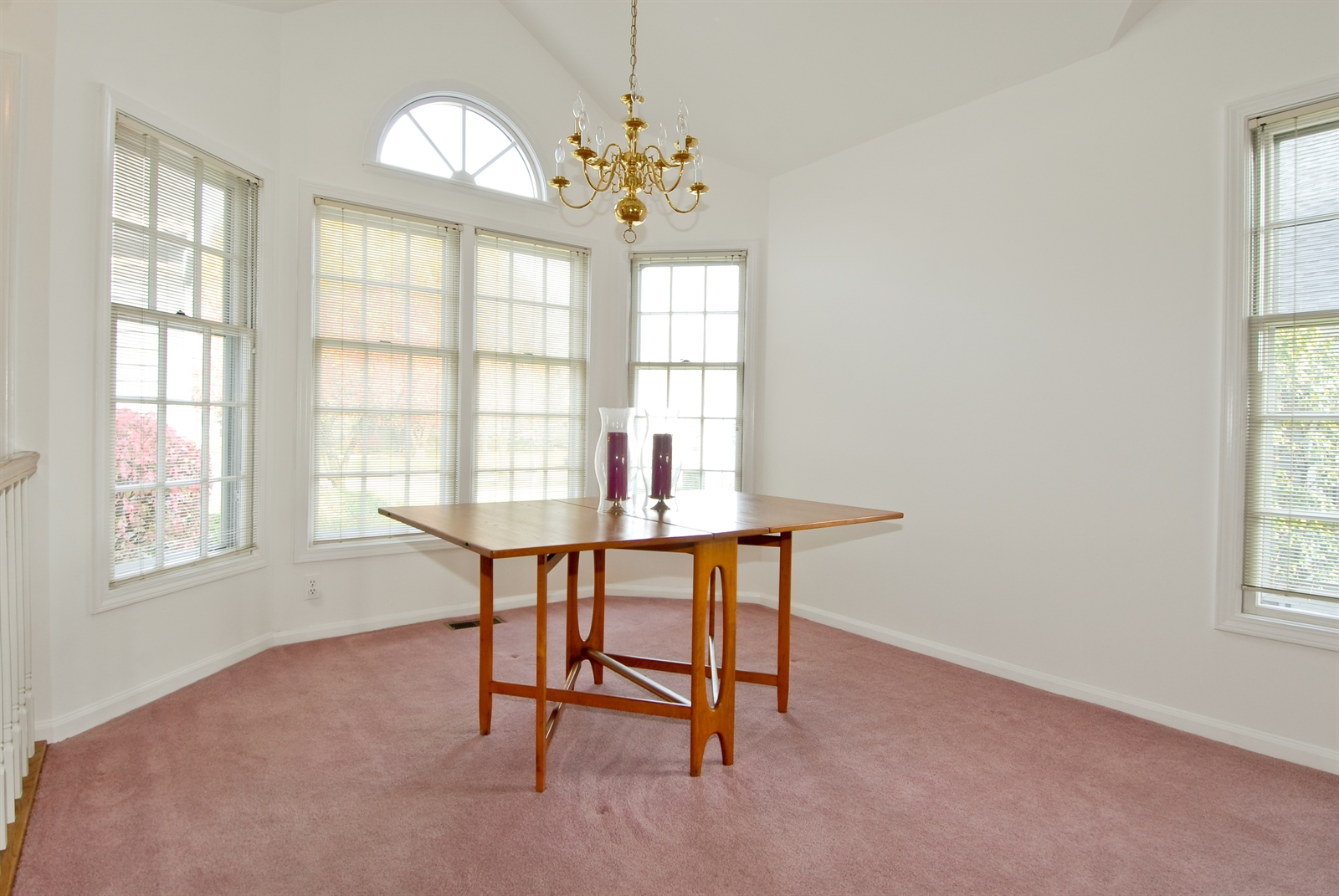 Real Estate Photography - 2608 Miller Rd, Geneva, IL, 60134 - Dining Room