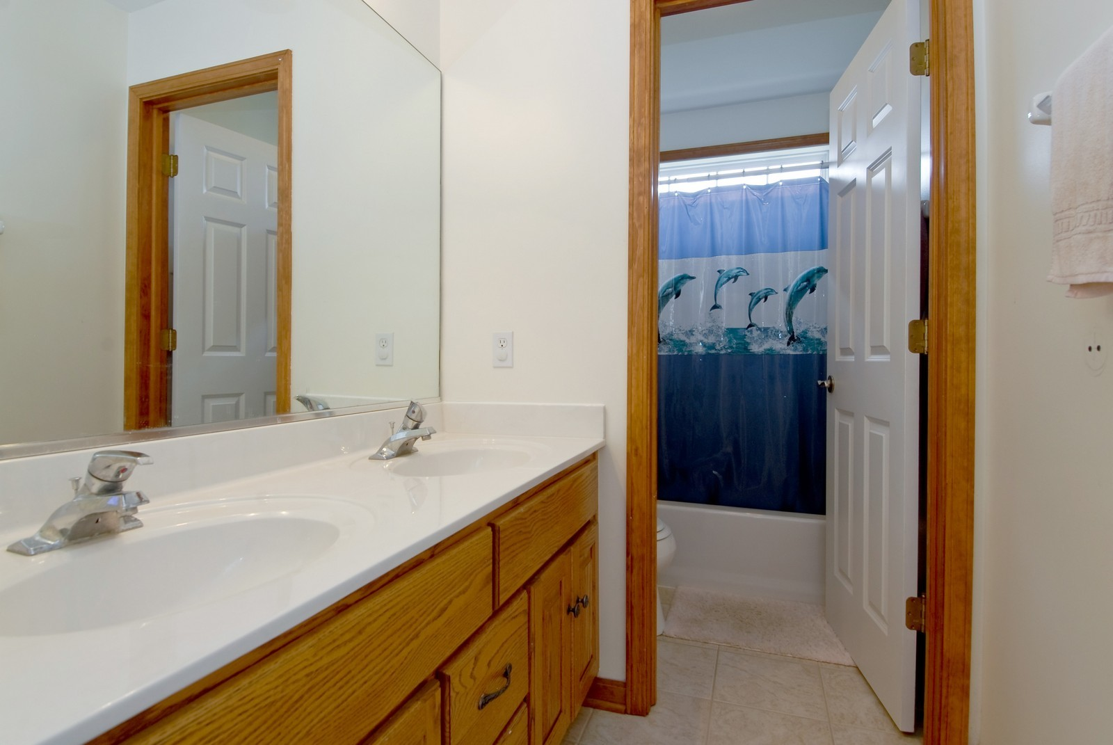 Real Estate Photography - 1154 Walker Ct, Elburn, IL, 60119 - 2nd Bathroom