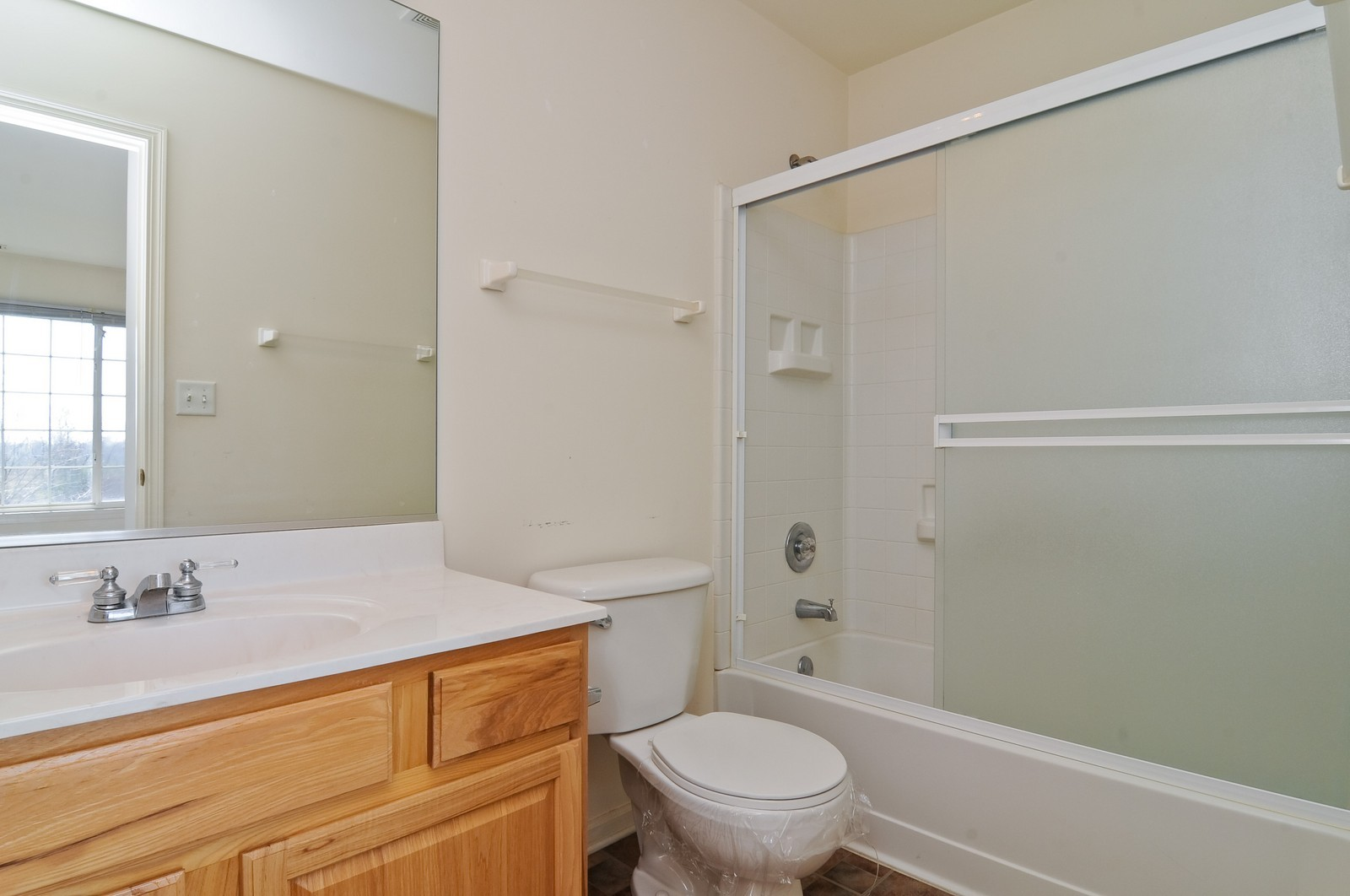 Real Estate Photography - 8 New Haven Dr, Cary, IL, 60013 - Bathroom