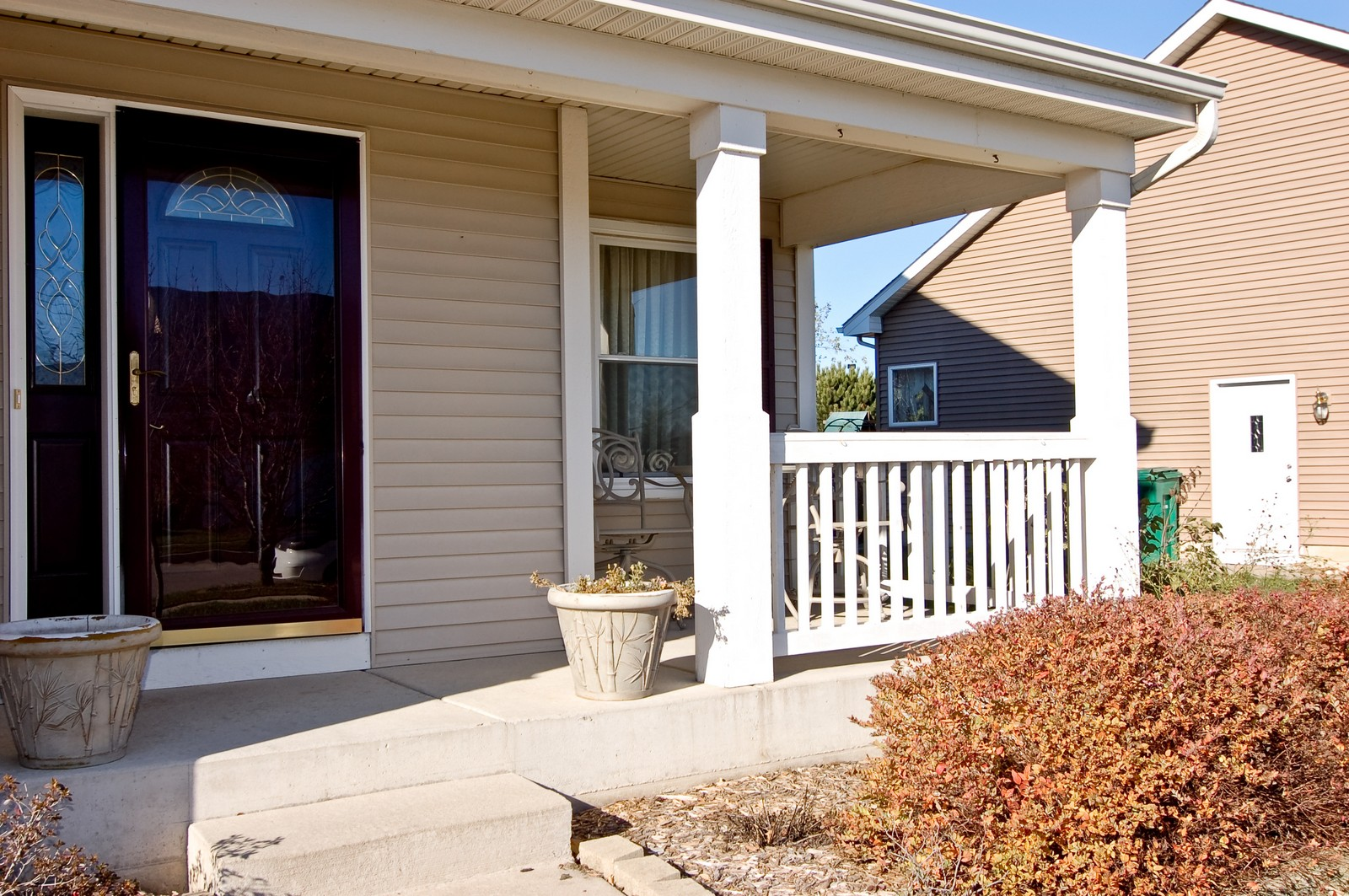 Real Estate Photography - 307 Winding Ter, Genoa, IL, 60135 - Porch