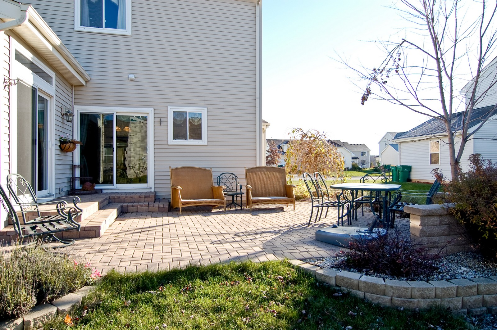 Real Estate Photography - 307 Winding Ter, Genoa, IL, 60135 - Patio