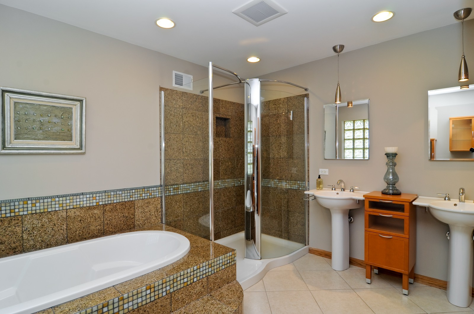 Real Estate Photography - 425 Bradwell Rd, Barrington, IL, 60010 - Master Bathroom