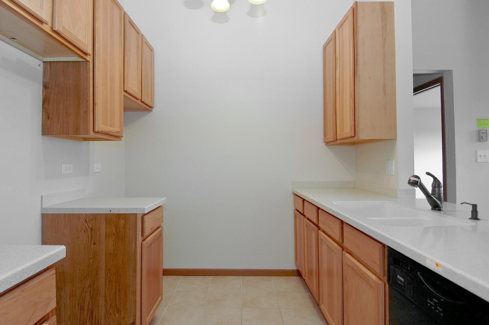 Real Estate Photography - 4314 Shamrock Ln, Unit 3B, McHenry, IL, 60050 - Kitchen