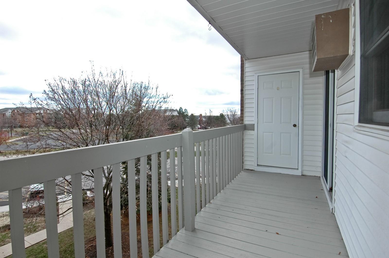 Real Estate Photography - 4314 Shamrock Ln, Unit 3B, McHenry, IL, 60050 - Balcony