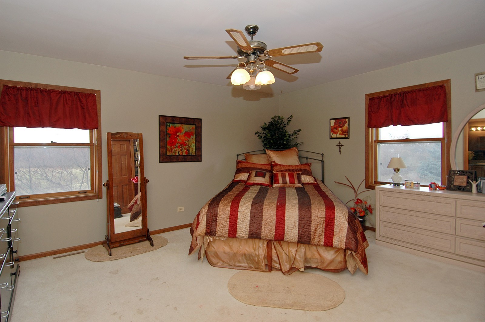Real Estate Photography - 9006 W Wonder Lake Rd, Woodstock, IL, 60098 - Master Bedroom