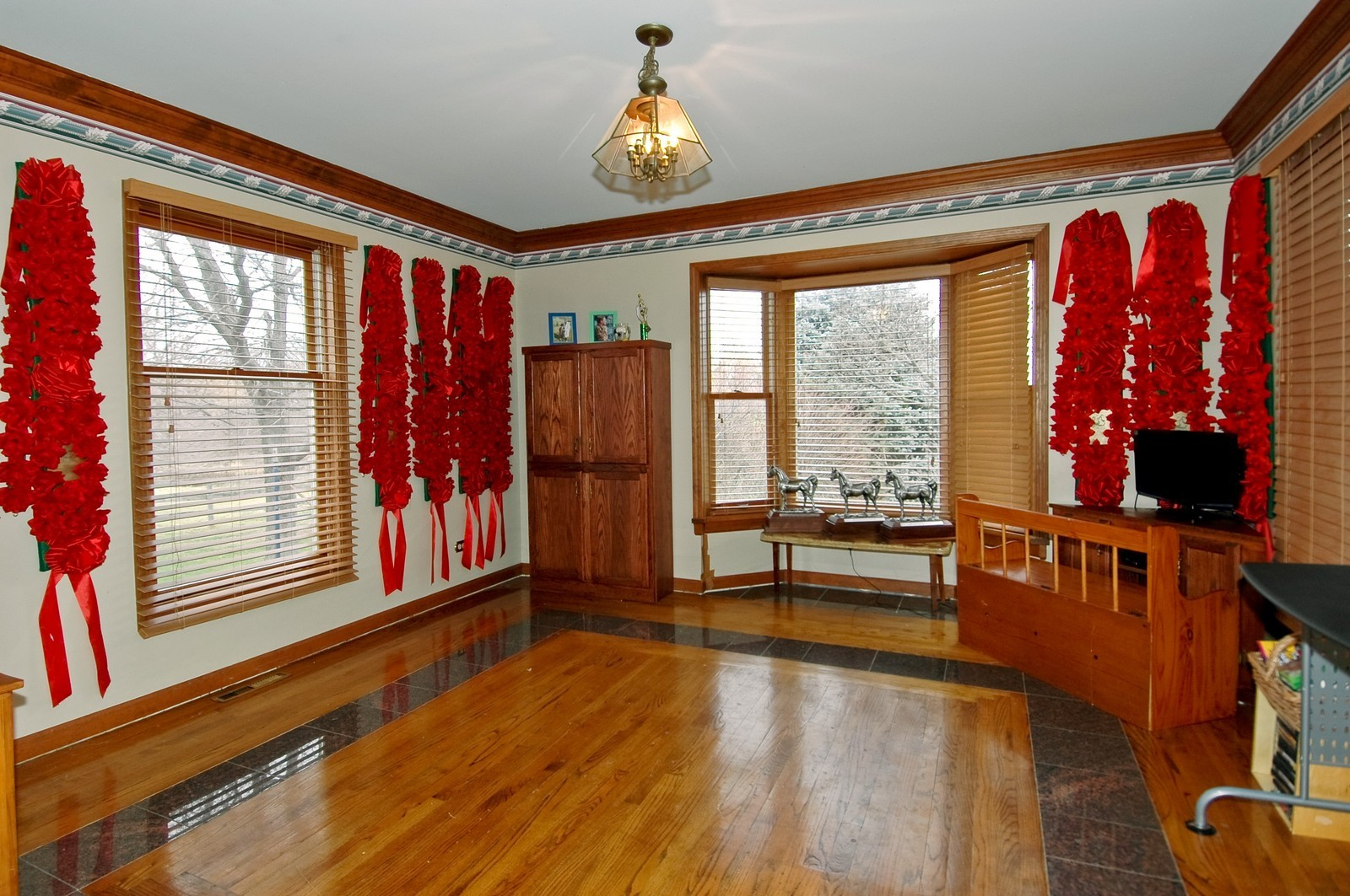Real Estate Photography - 9006 W Wonder Lake Rd, Woodstock, IL, 60098 - Dining Room