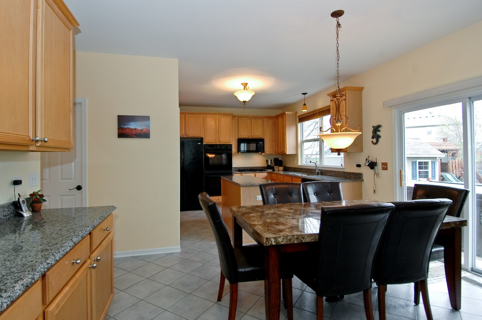 Real Estate Photography - 561 Golden Valley Ln, Algonquin, IL, 60102 - Dining Area