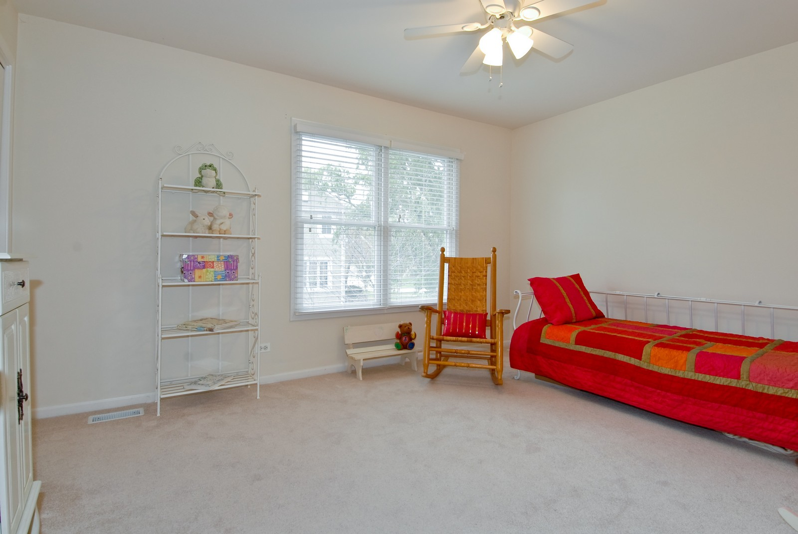 Real Estate Photography - 2111 Sisters Ave, Naperville, IL, 60564 - 4th Bedroom