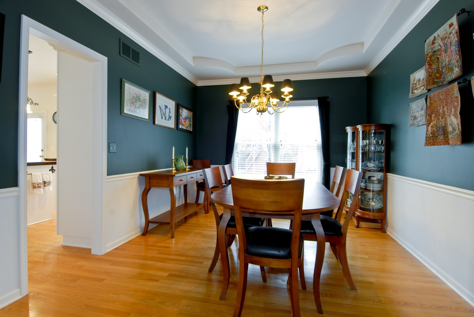 Real Estate Photography - 2111 Sisters Ave, Naperville, IL, 60564 - Dining Room