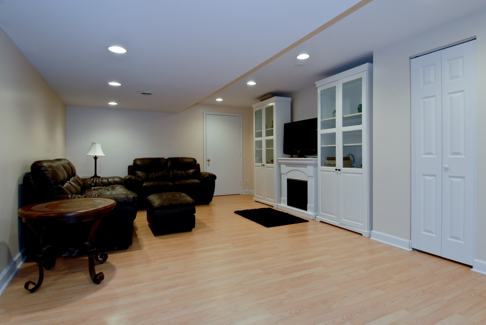 Real Estate Photography - 2111 Sisters Ave, Naperville, IL, 60564 - Basement