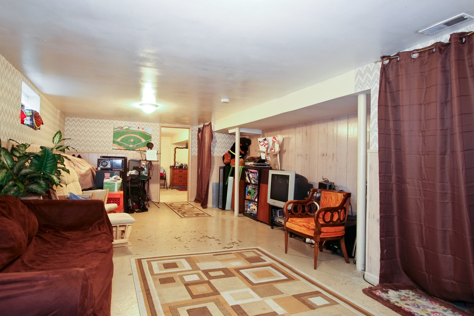 Real Estate Photography - 12462 S Wabash, Chicago, IL, 60620 - Basement