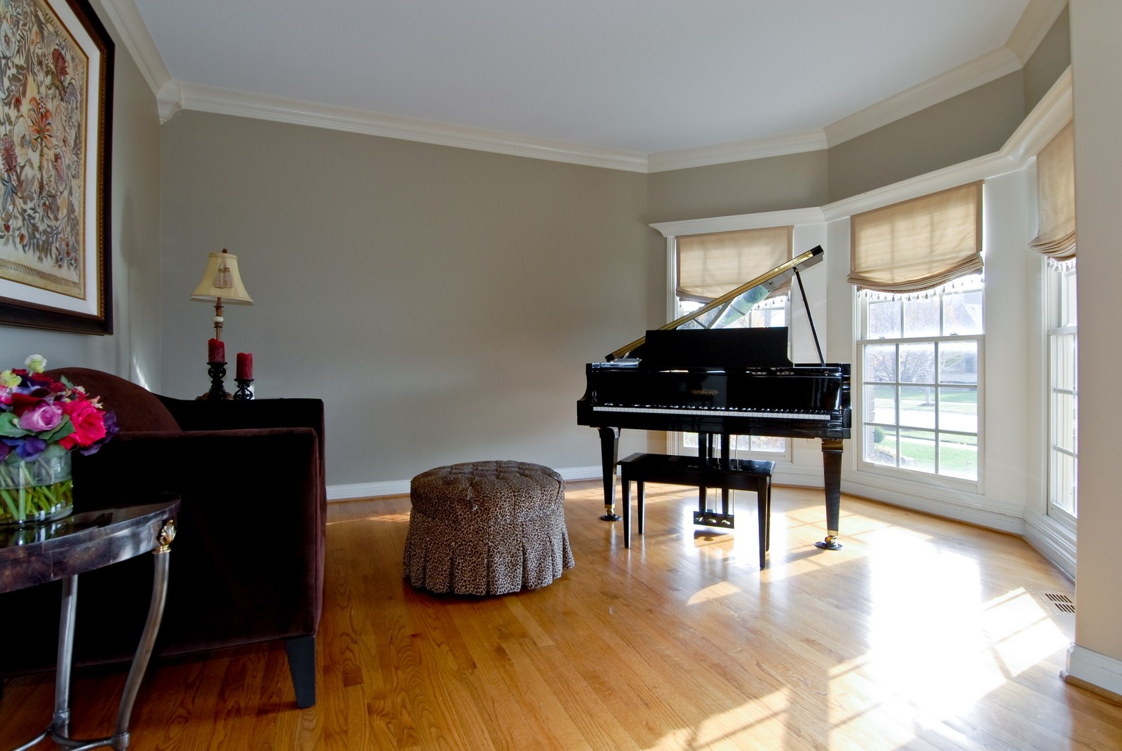 Real Estate Photography - 3839 Junebreeze Ln, Naperville, IL, 60564 - Living Room