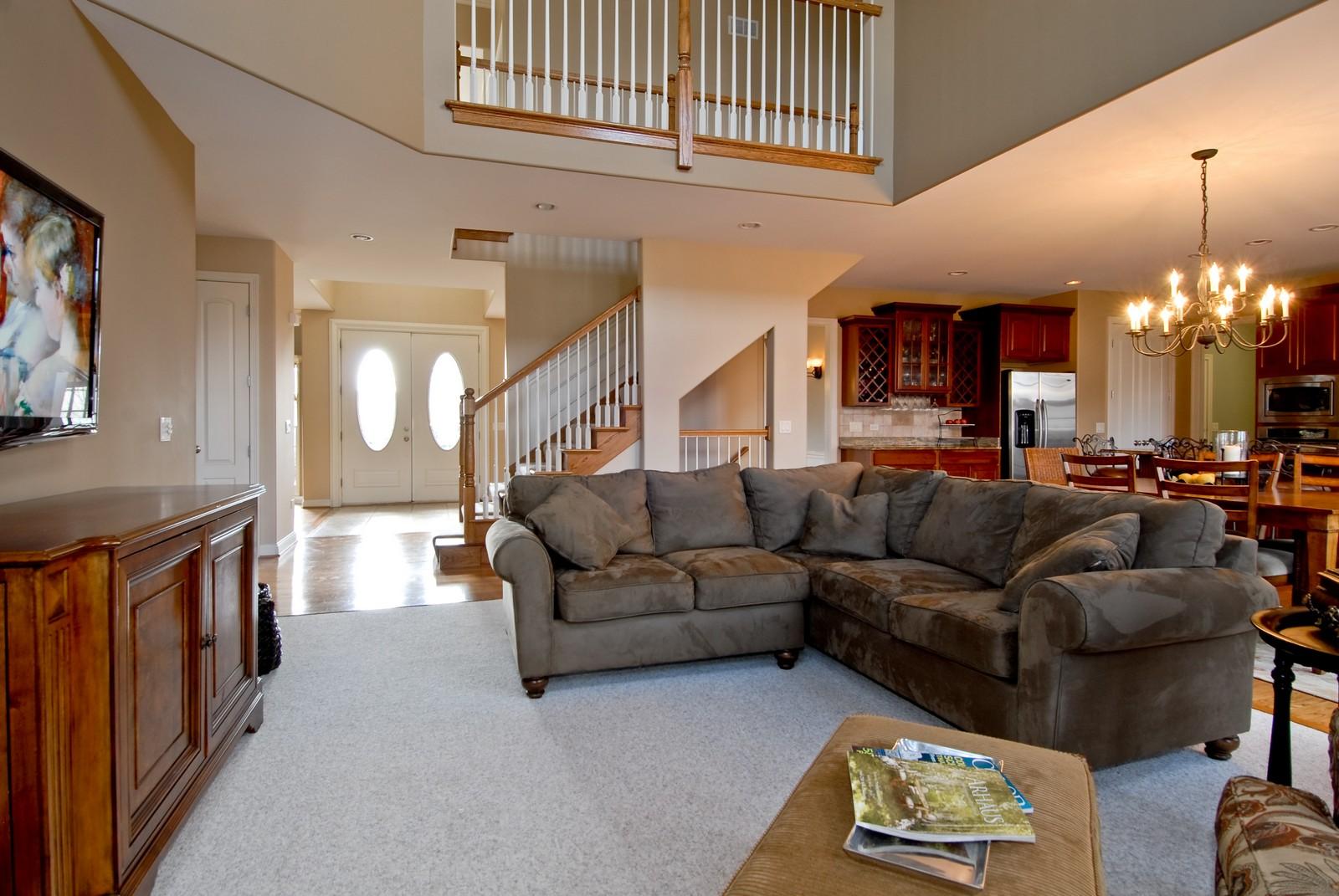 Real Estate Photography - 3839 Junebreeze Ln, Naperville, IL, 60564 - Location 1