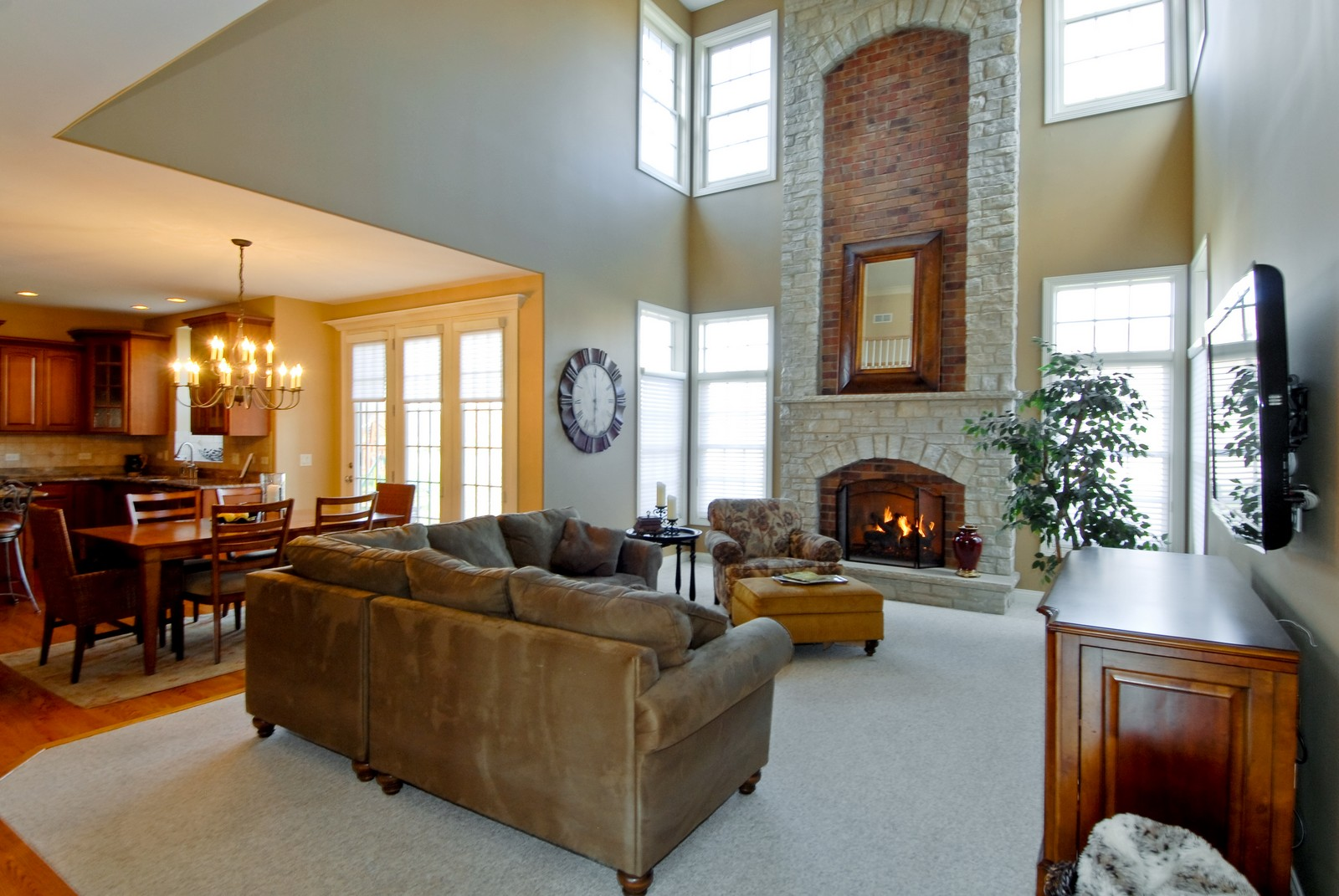 Real Estate Photography - 3839 Junebreeze Ln, Naperville, IL, 60564 - Family Room