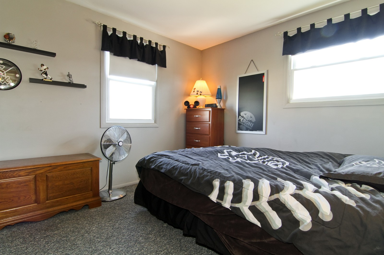 Real Estate Photography - 368 Thunderbird Trl, Carol Stream, IL, 60188 - Bedroom