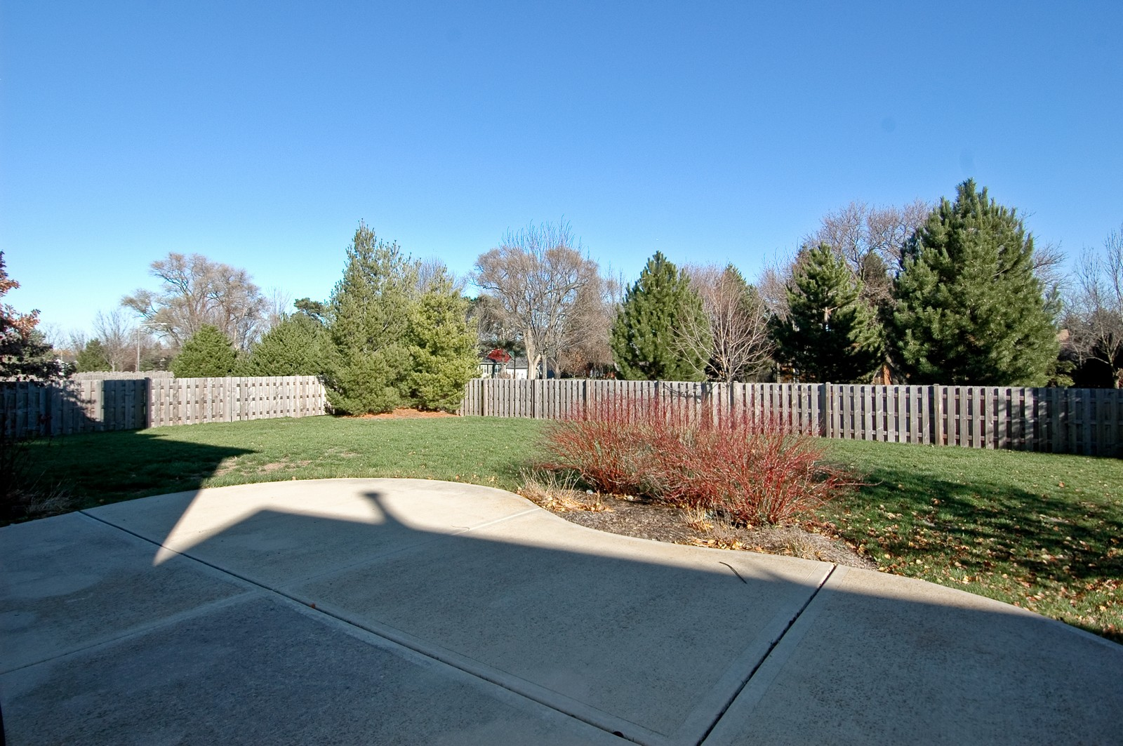 Real Estate Photography - 1513 Rolling Hills Dr, Crystal Lake, IL, 60014 - Back Yard