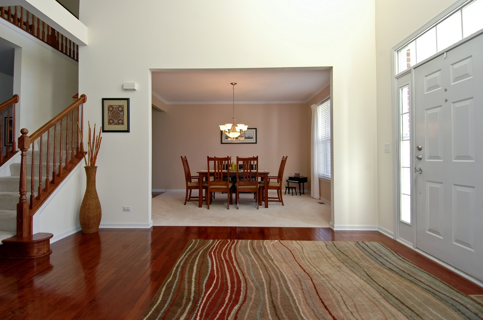 Real Estate Photography - 1513 Rolling Hills Dr, Crystal Lake, IL, 60014 - Foyer