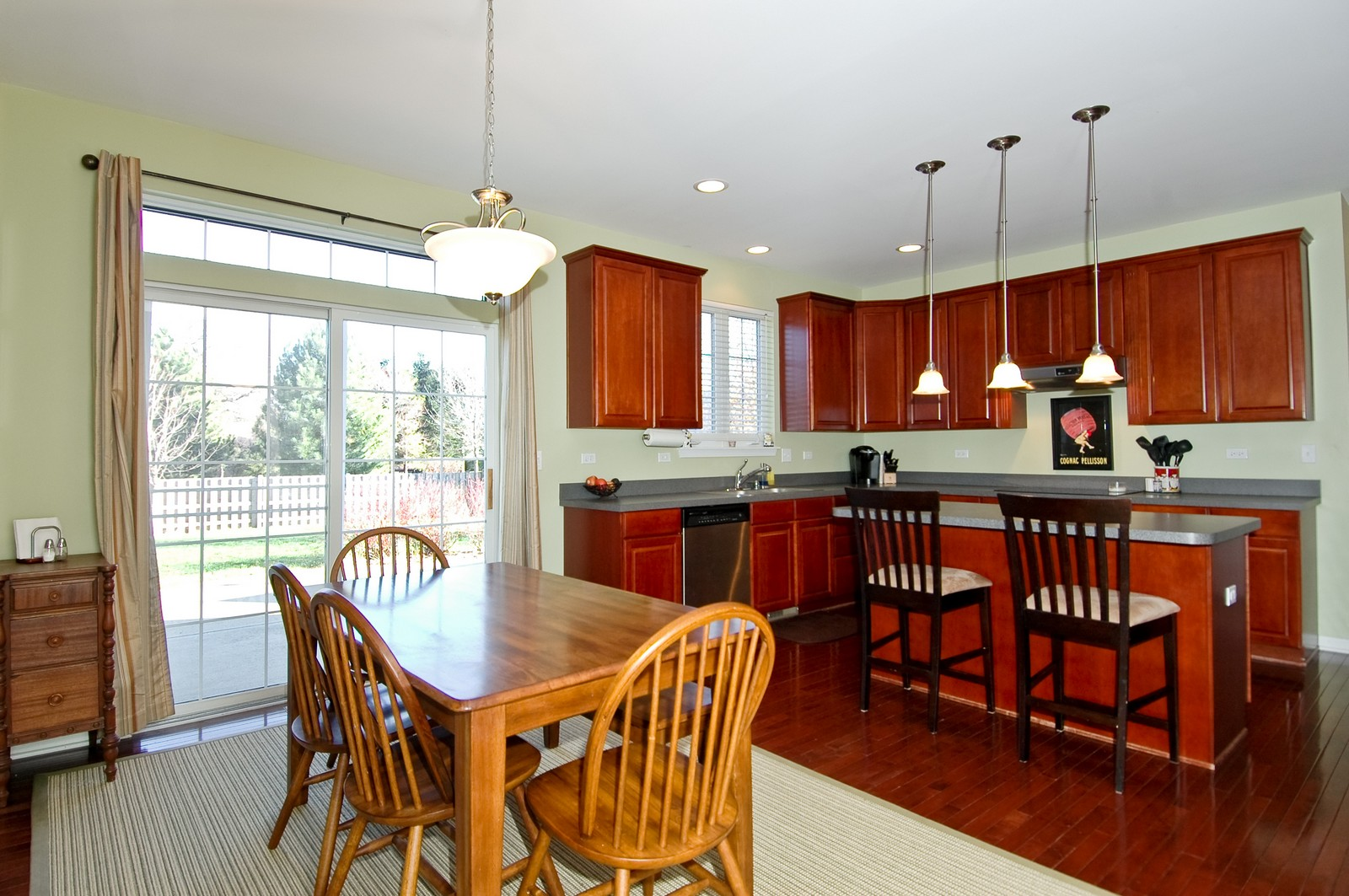 Real Estate Photography - 1513 Rolling Hills Dr, Crystal Lake, IL, 60014 - Dining Area