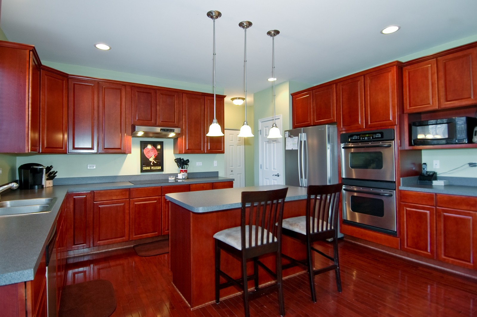 Real Estate Photography - 1513 Rolling Hills Dr, Crystal Lake, IL, 60014 - Kitchen