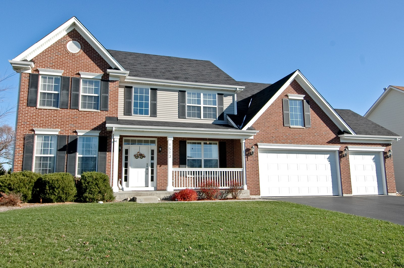 Real Estate Photography - 1513 Rolling Hills Dr, Crystal Lake, IL, 60014 - Front View