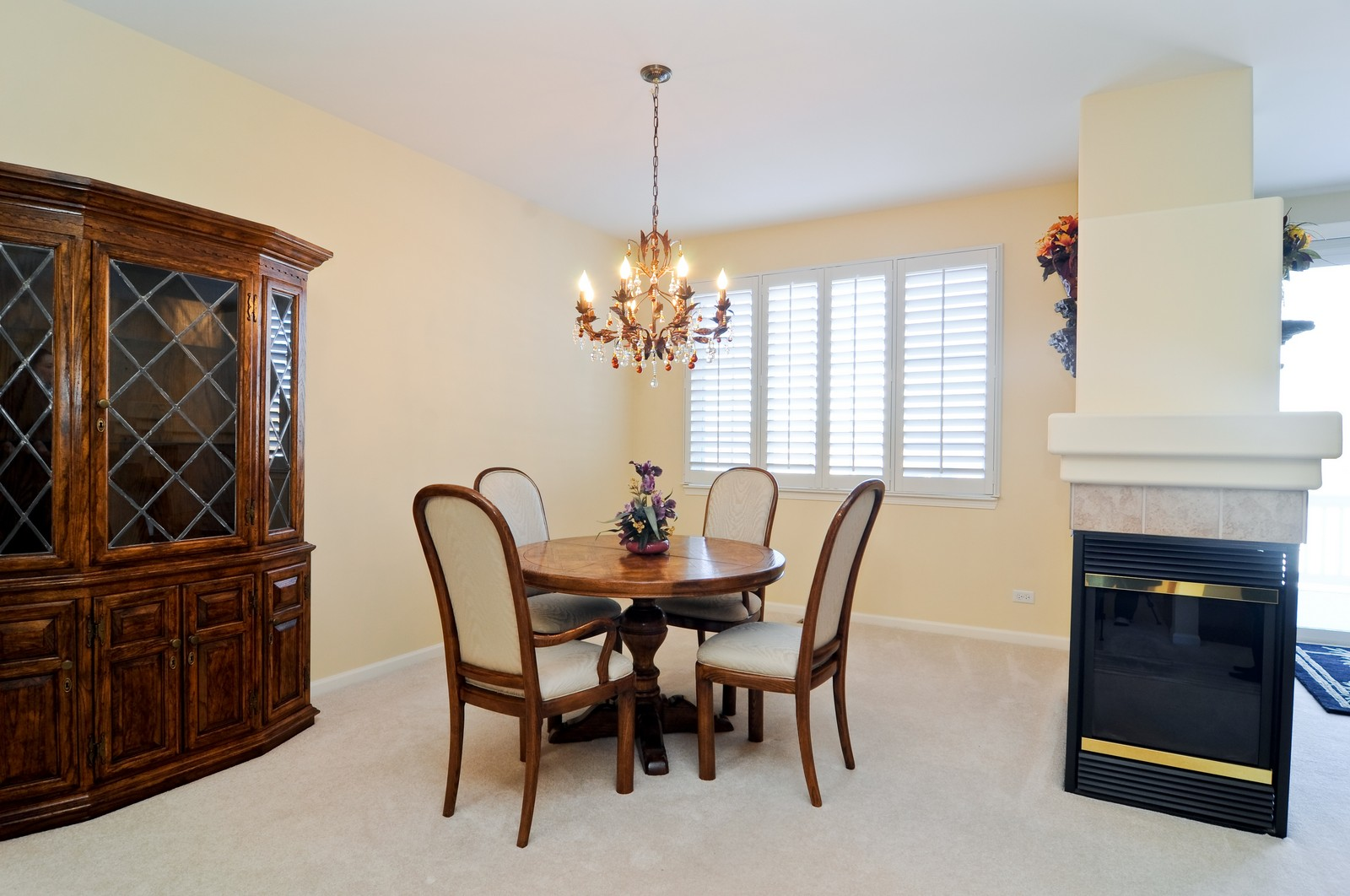 Real Estate Photography - 1004 Orchard Pond Ct, Lake Zurich, IL, 60047 - Dining Room