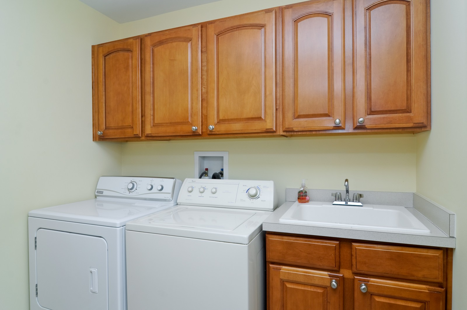Real Estate Photography - 1004 Orchard Pond Ct, Lake Zurich, IL, 60047 - Laundry Room