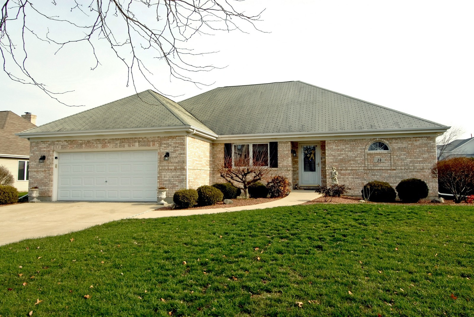 Real Estate Photography - 14 N Dixon Rd, Batavia, IL, 60510 - Front View