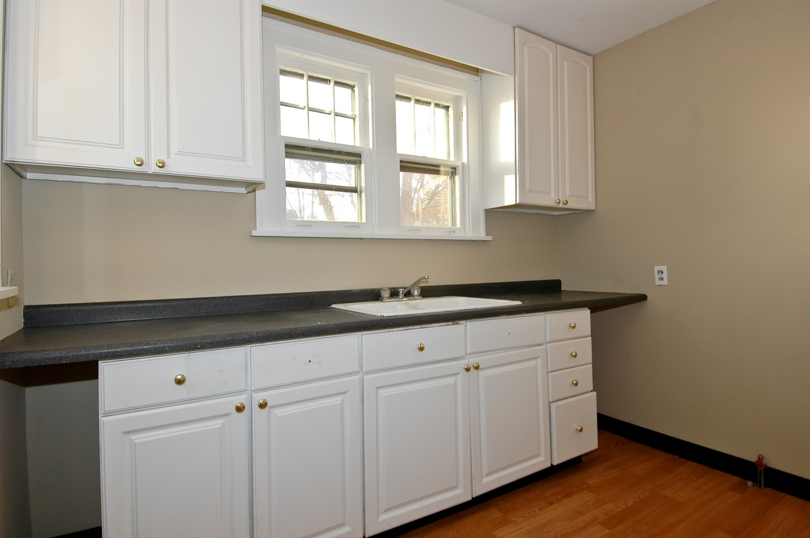 Real Estate Photography - 353 Jewett St, Elgin, IL, 60123 - Kitchen