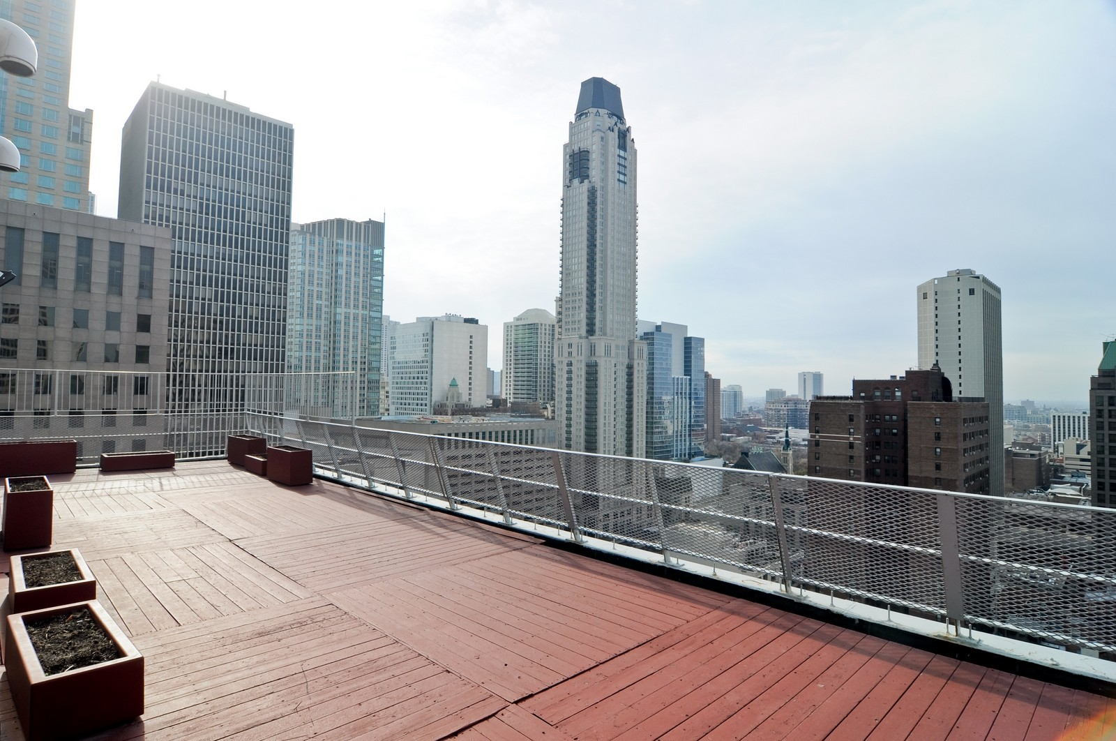 Real Estate Photography - 1000 Lake Shore Dr, Unit 2106, Chicago, IL, 60611 - Roof Deck