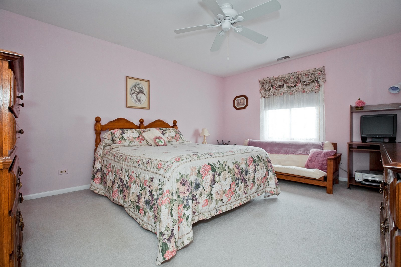 Real Estate Photography - 717 Maplewood Ct, Unit 38-C, Willowbrook, IL, 60527 - Master Bedroom