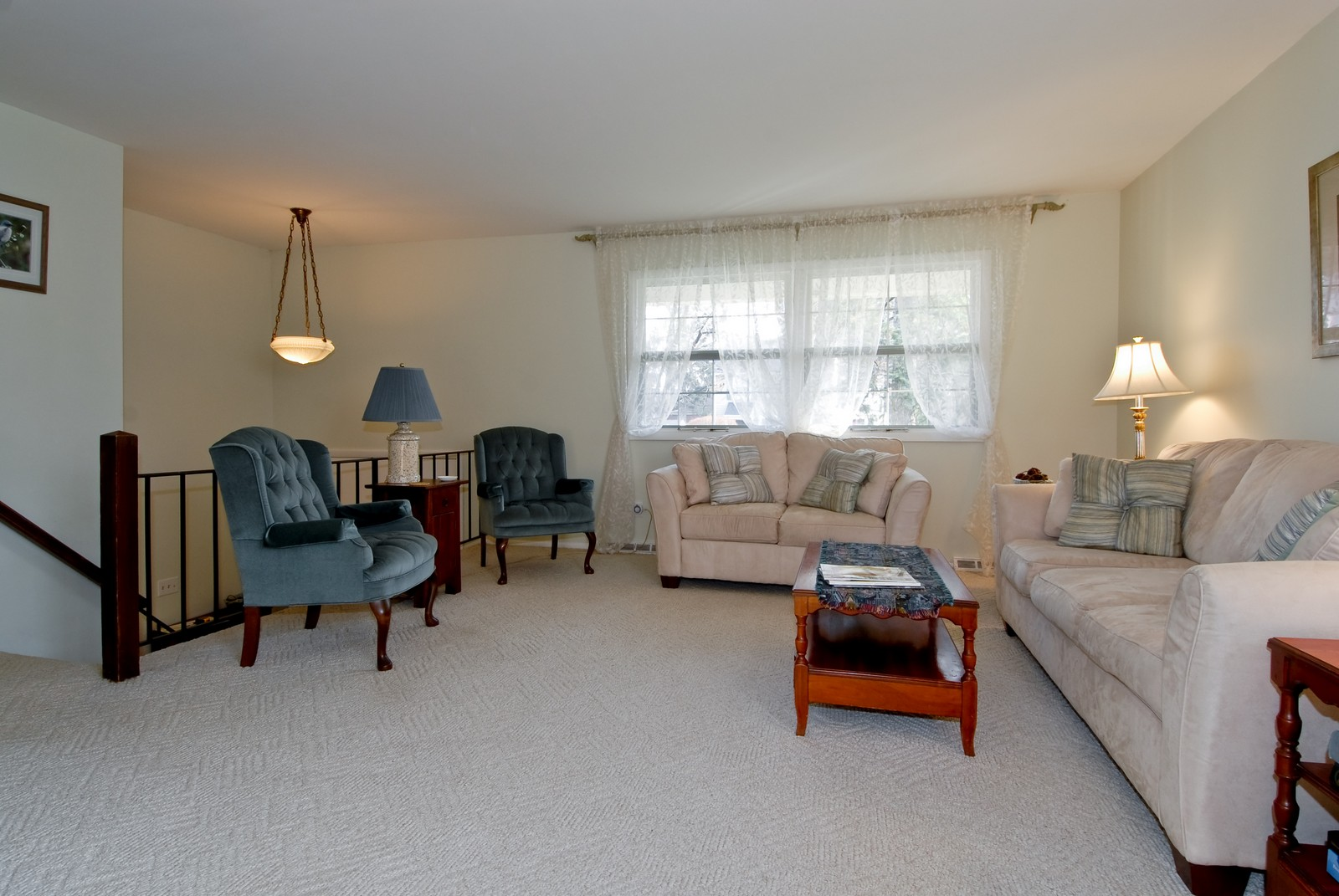Real Estate Photography - 1401 Elm St, St Charles, IL, 60174 - Living Room