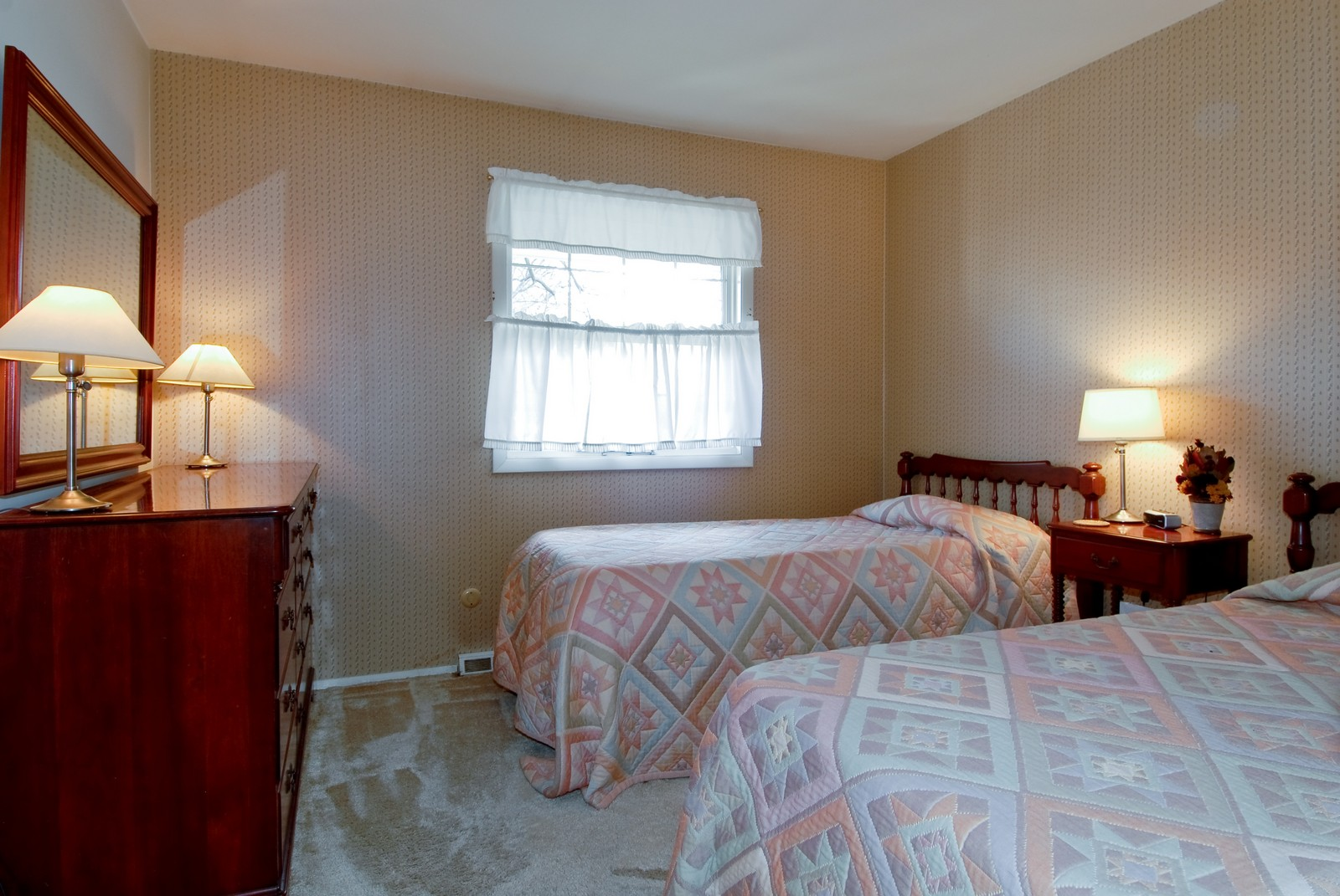 Real Estate Photography - 1401 Elm St, St Charles, IL, 60174 - 2nd Bedroom