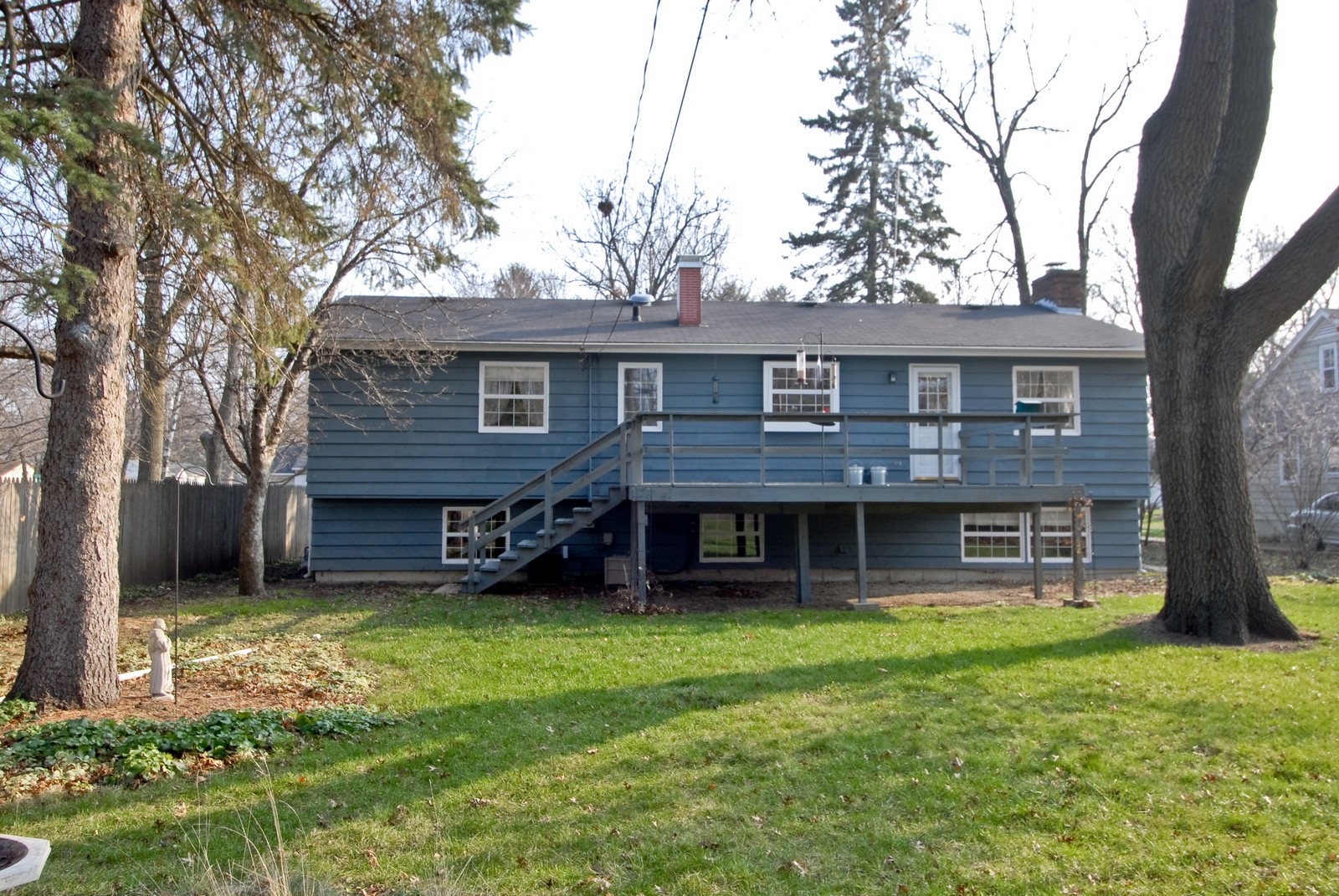 Real Estate Photography - 1401 Elm St, St Charles, IL, 60174 - Rear View
