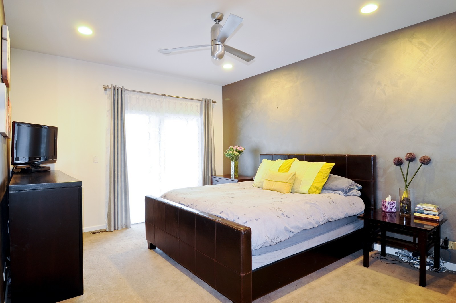 Real Estate Photography - 838-840 Greenview, Chicago, IL, 60642 - Master Bedroom
