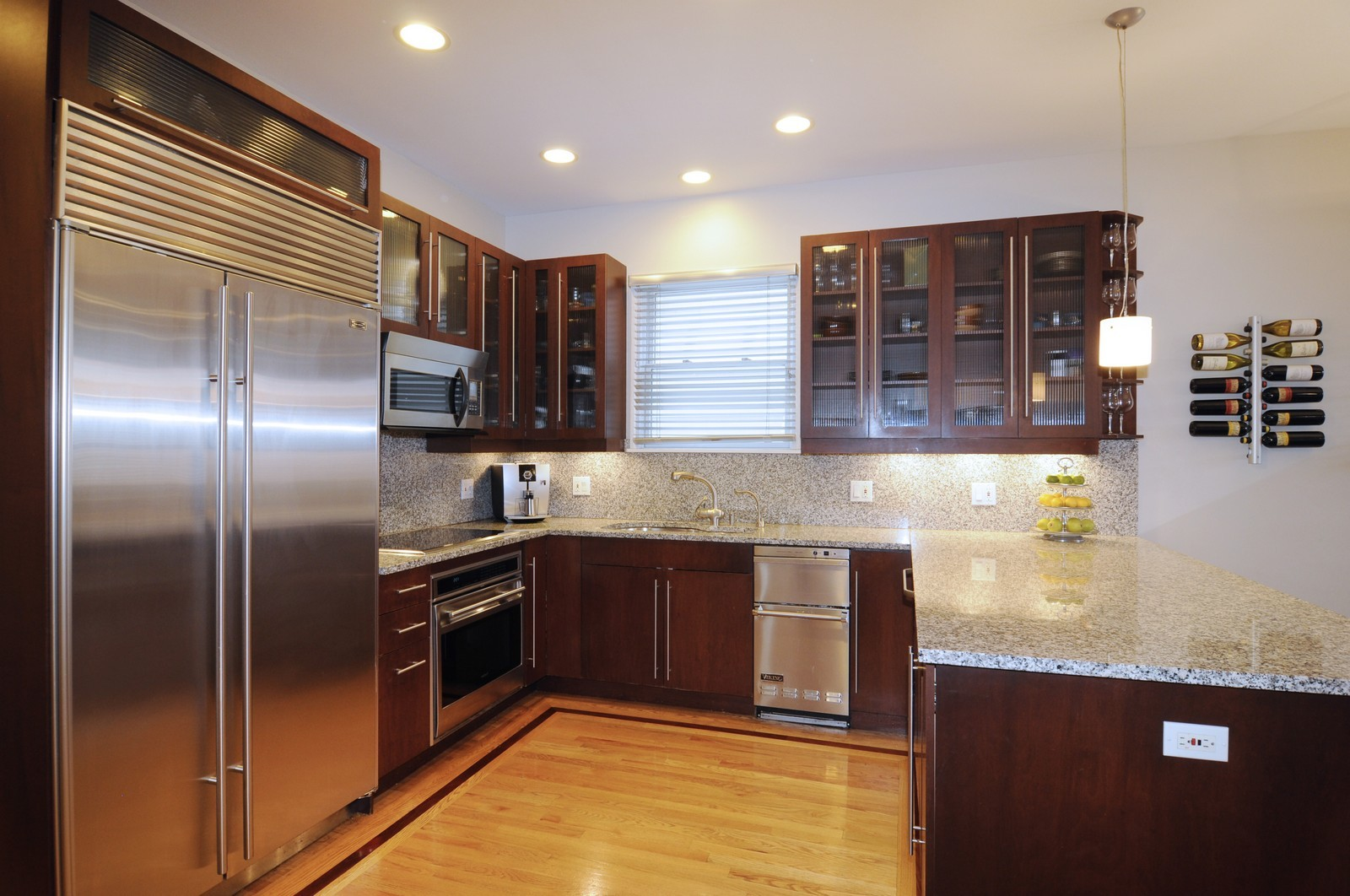 Real Estate Photography - 838-840 Greenview, Chicago, IL, 60642 - Kitchen