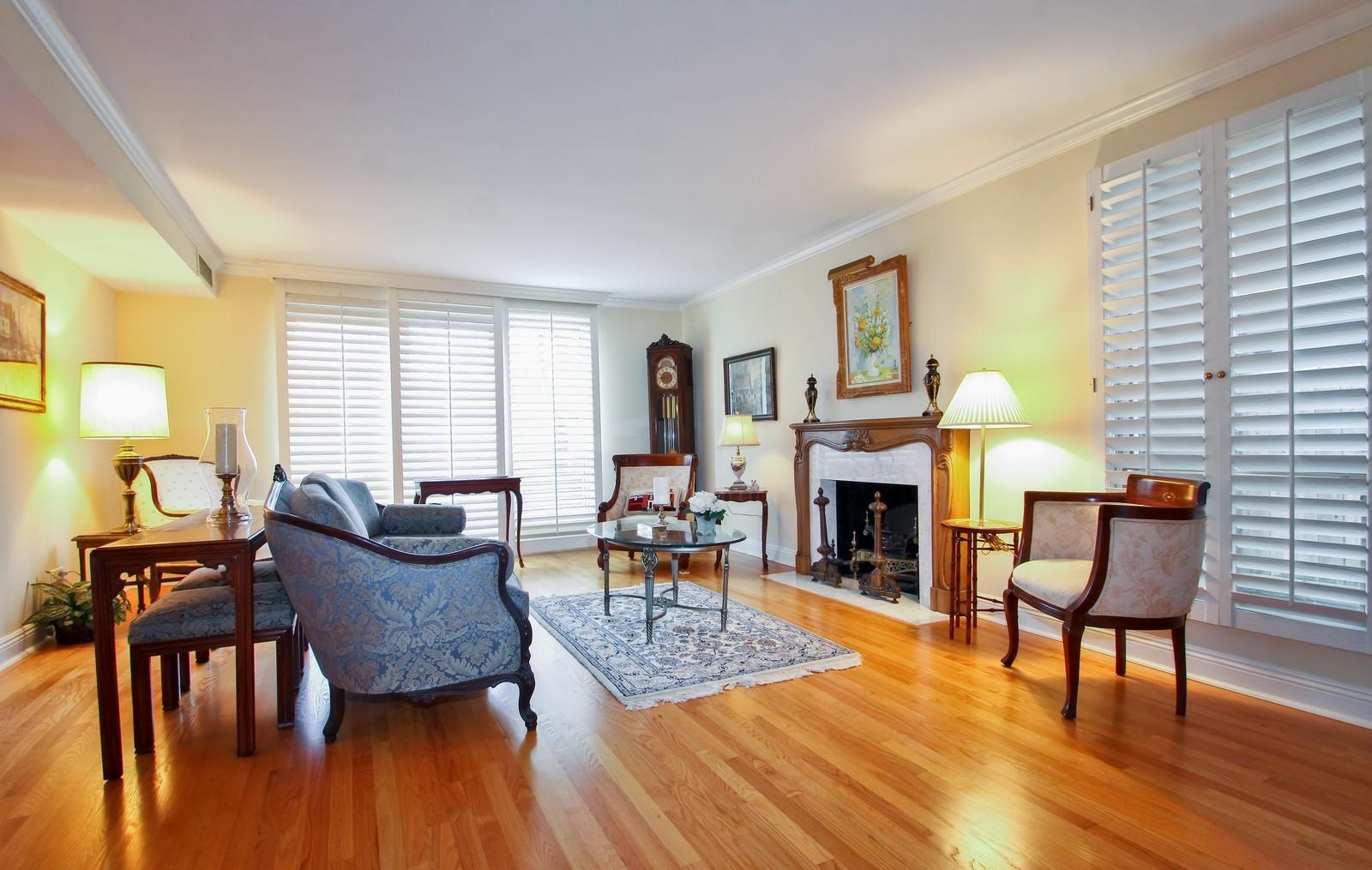 Real Estate Photography - 640 Winnetka Mews, Unit 105, Winnetka, IL, 60093 - Living Room