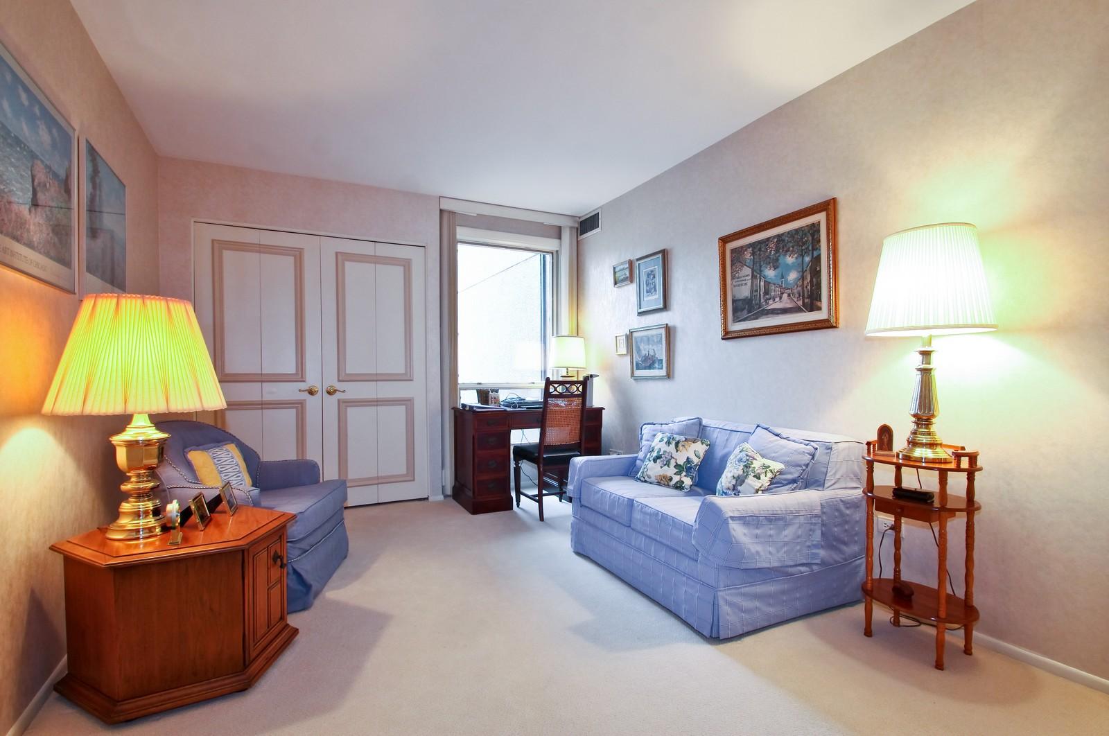 Real Estate Photography - 640 Winnetka Mews, Unit 105, Winnetka, IL, 60093 - Office