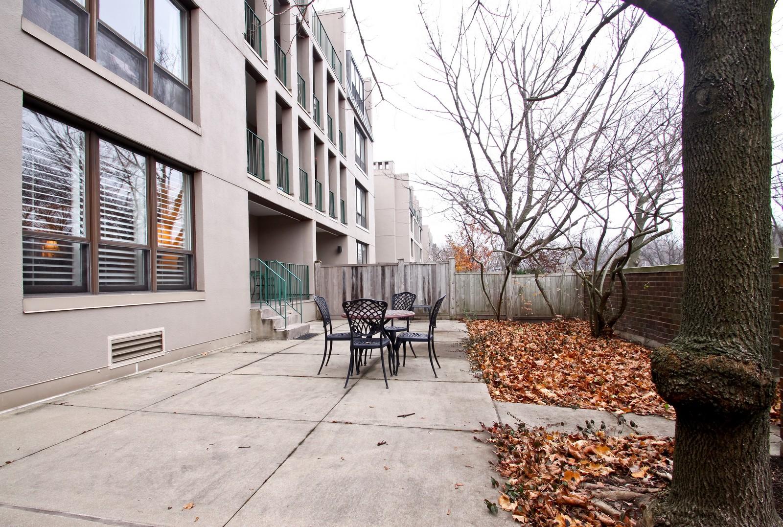 Real Estate Photography - 640 Winnetka Mews, Unit 105, Winnetka, IL, 60093 - Patio