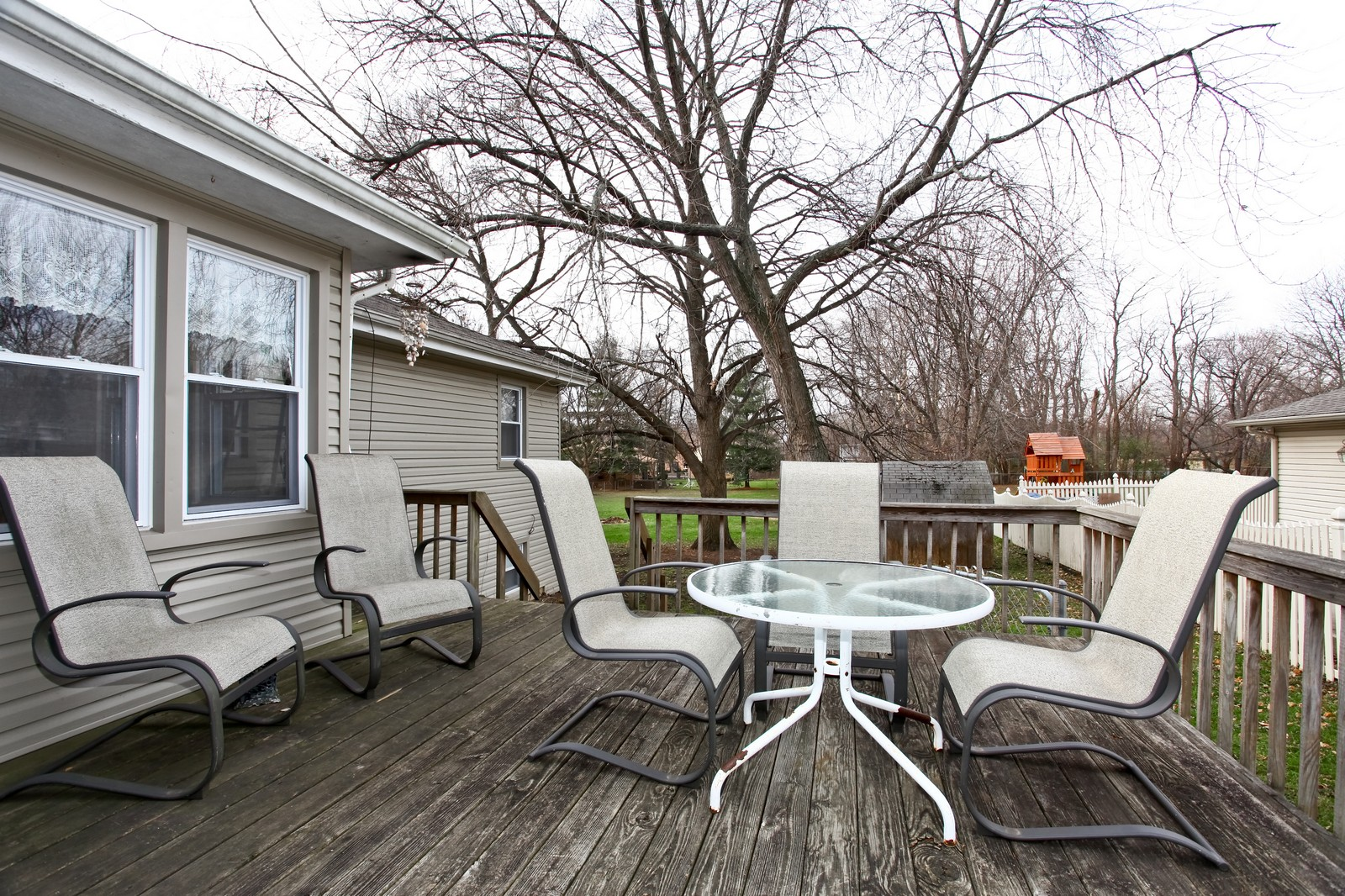 Real Estate Photography - 5710 Essex Rd, Lisle, IL, 60532 - Deck