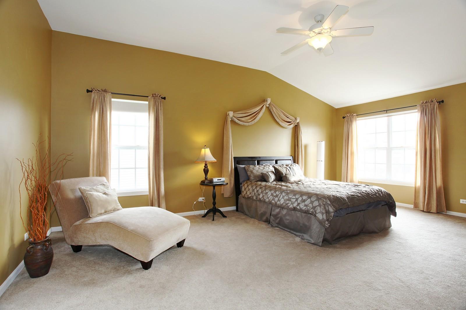 Real Estate Photography - 3298 Fieldstone Dr, Geneva, IL, 60134 - Master Bedroom