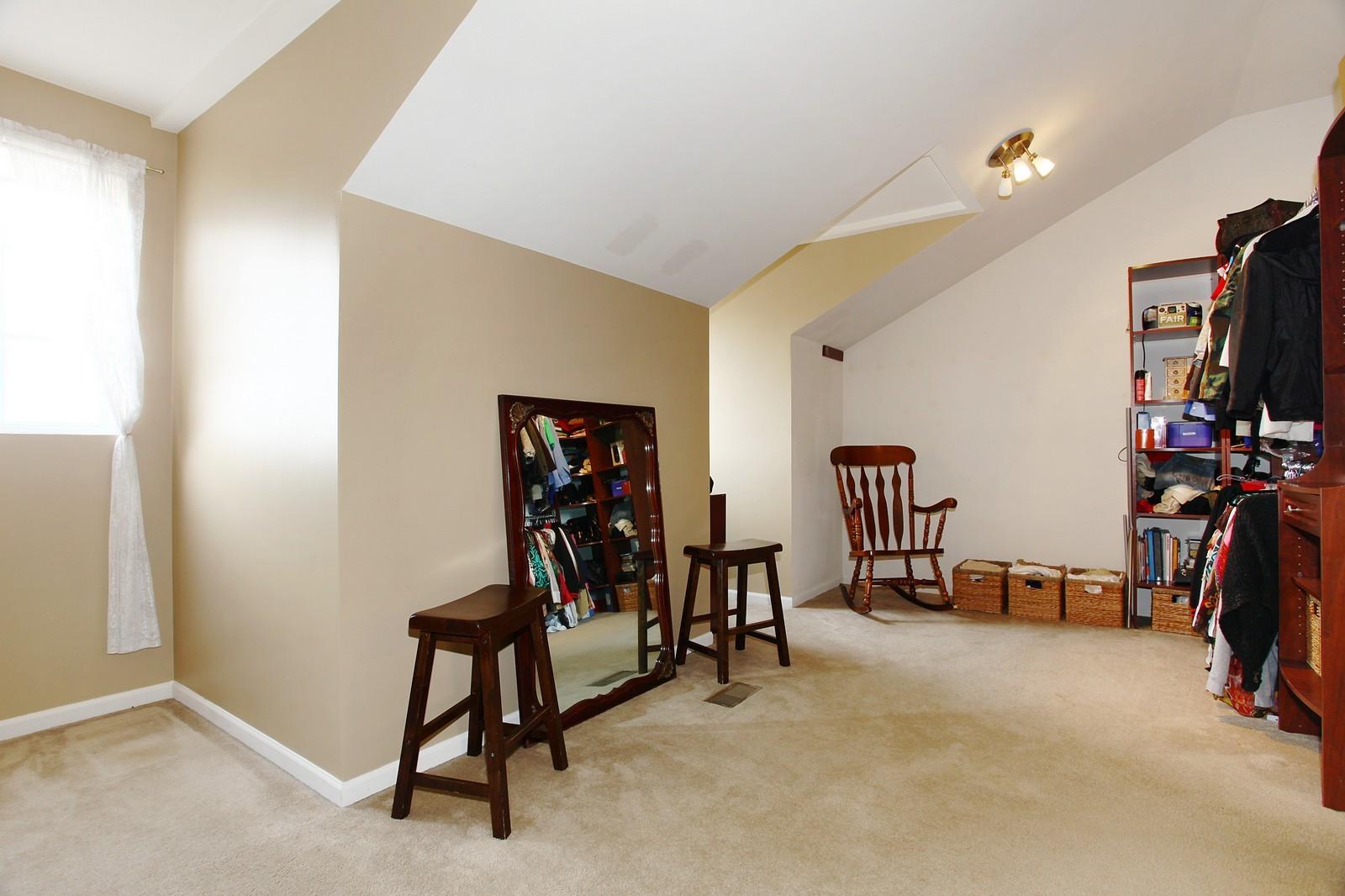 Real Estate Photography - 3298 Fieldstone Dr, Geneva, IL, 60134 - Master Bedroom Closet