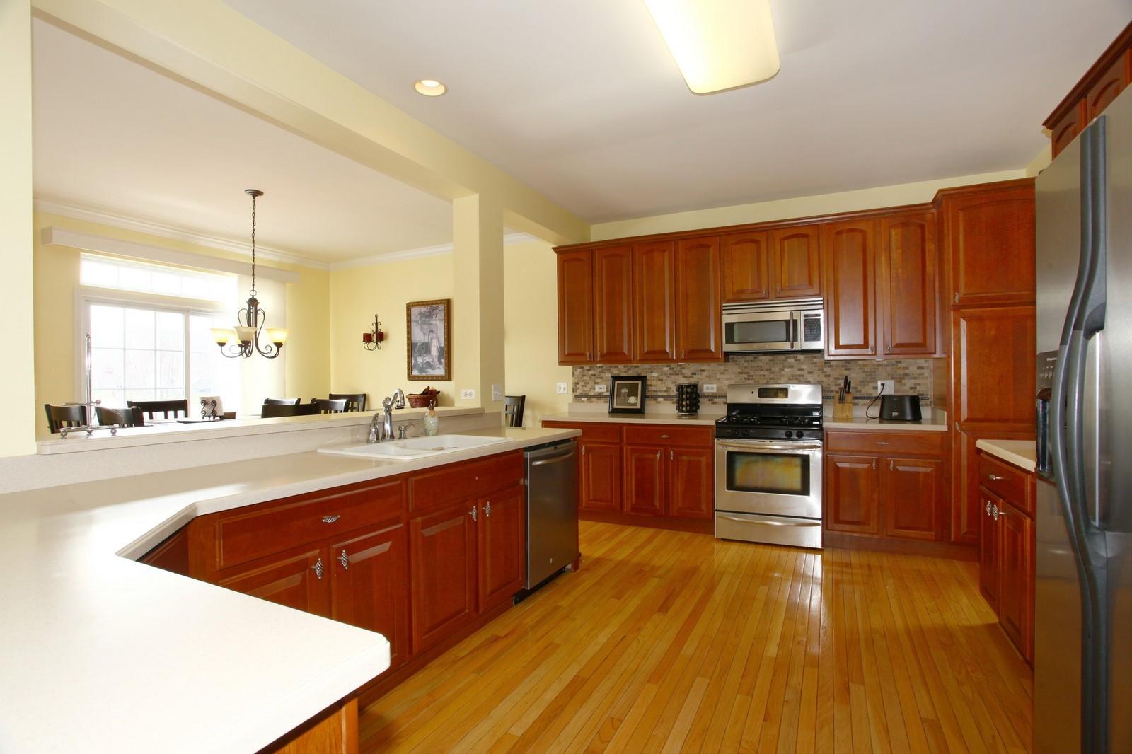 Real Estate Photography - 3298 Fieldstone Dr, Geneva, IL, 60134 - Kitchen