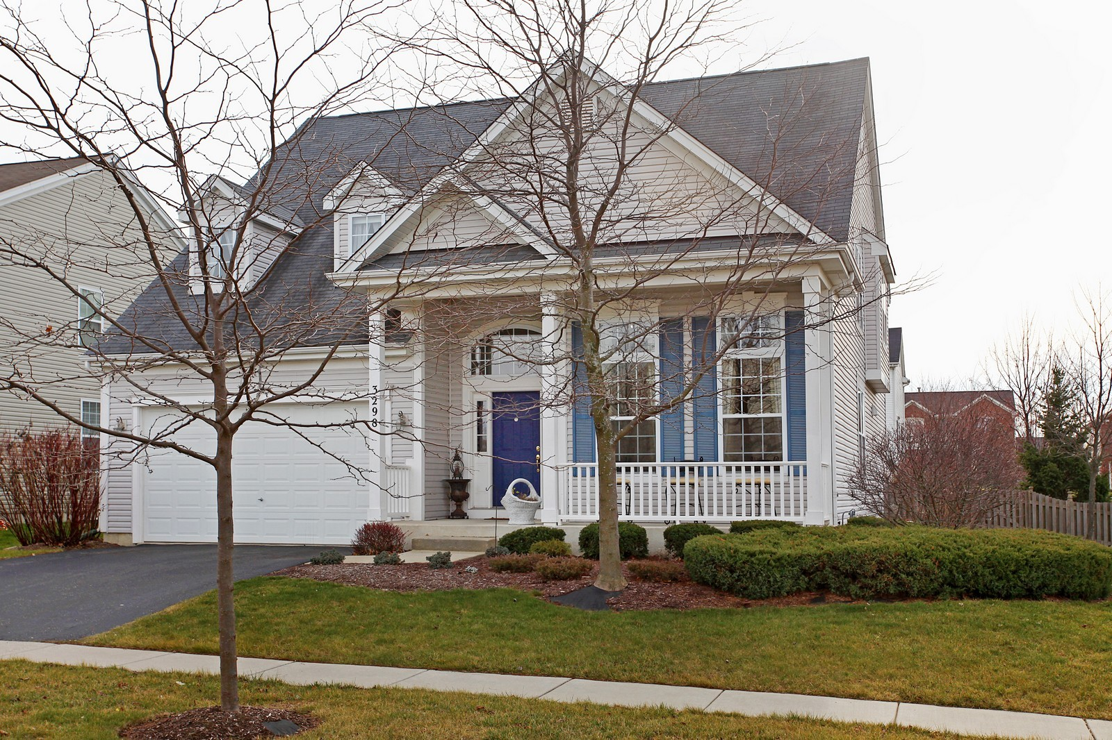Real Estate Photography - 3298 Fieldstone Dr, Geneva, IL, 60134 - Front View