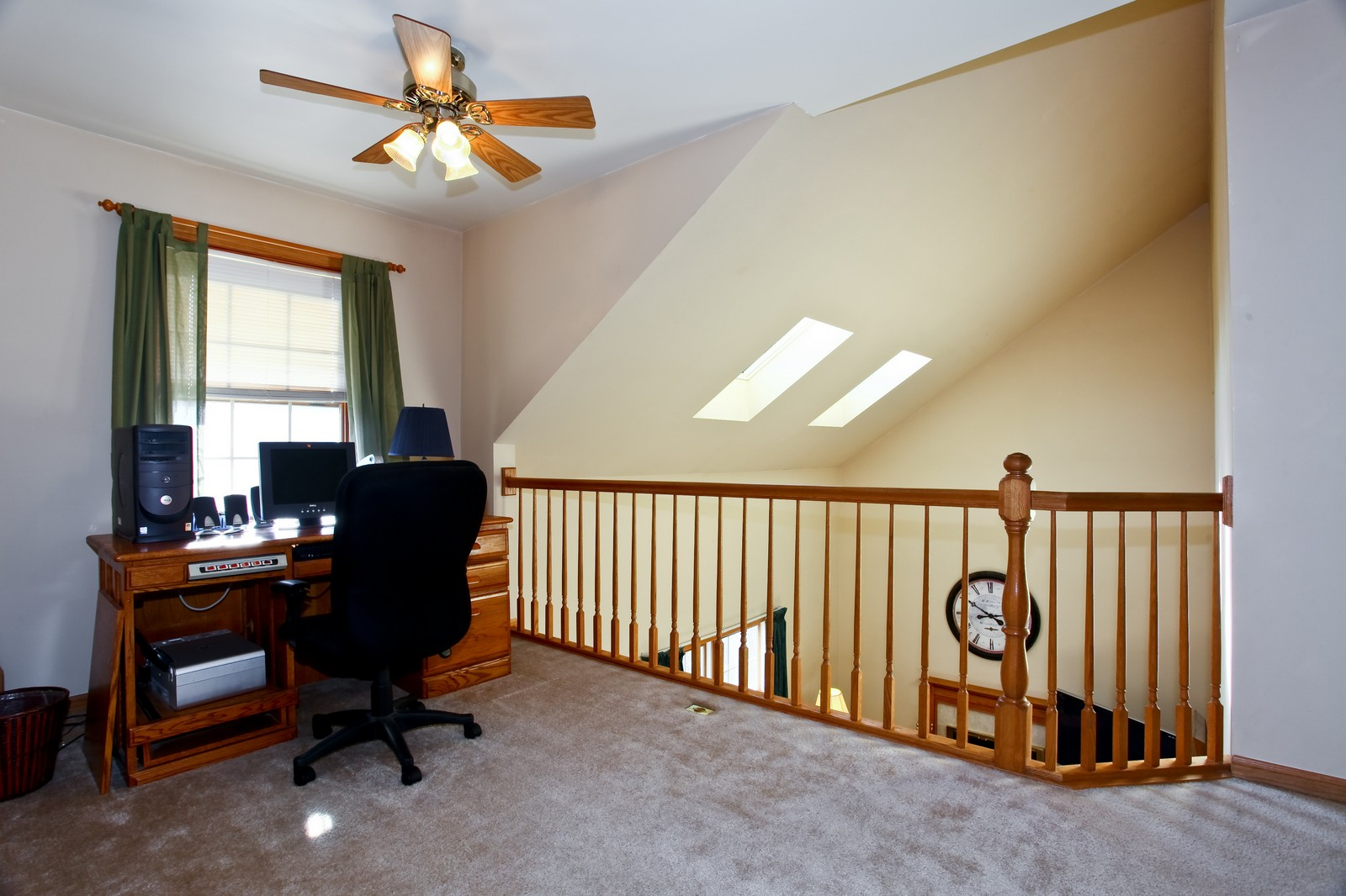 Real Estate Photography - 39W539 Schoolhouse Ln, Geneva, IL, 60134 - Loft