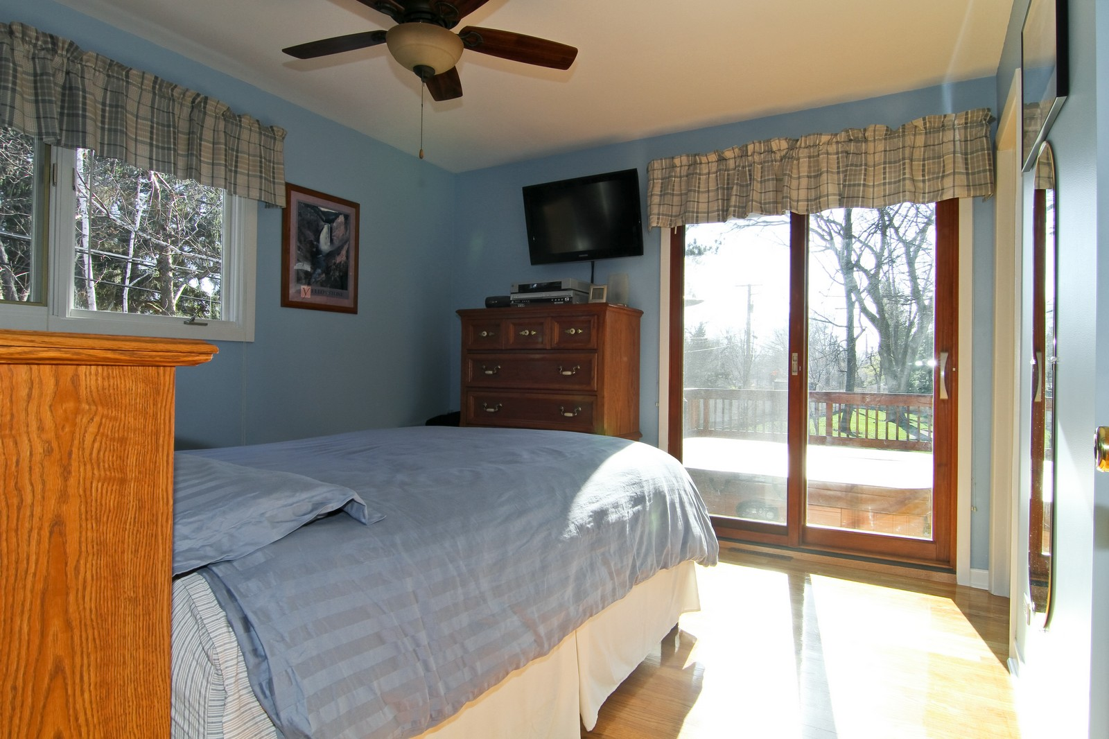 Real Estate Photography - 26W543 MacArthur, Carol Stream, IL, 60188 - Master Bedroom