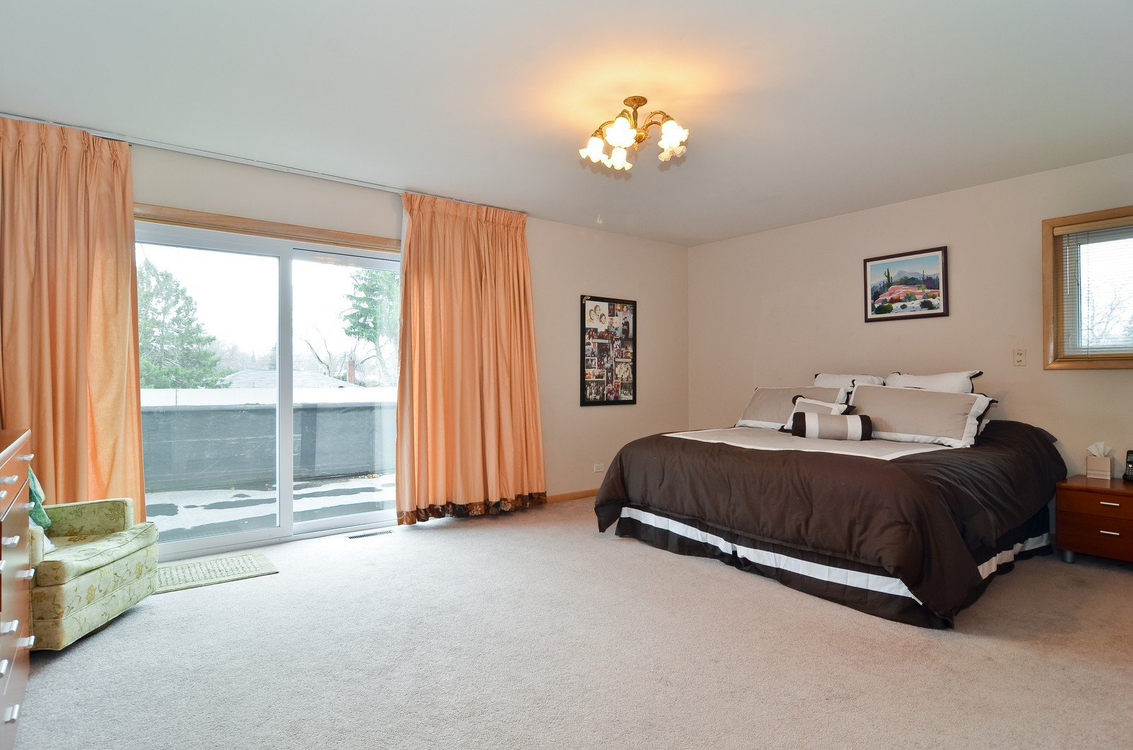 Real Estate Photography - 4220 Greenwood ST, Skokie, IL, 60076 - Master Bedroom