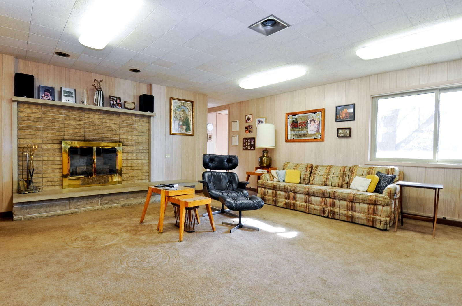 Real Estate Photography - 666 Birch Ln, Olympia Fields, IL, 60461 - Large Family Room w/Fireplace