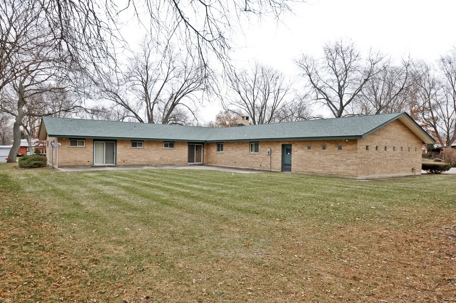 Real Estate Photography - 666 Birch Ln, Olympia Fields, IL, 60461 - Rear View